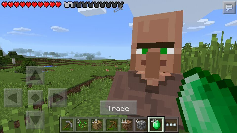 Trading a villager in Minecraft PE! | Minecraft Amino