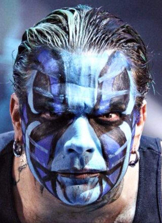 who facepaint is better wrestling amino