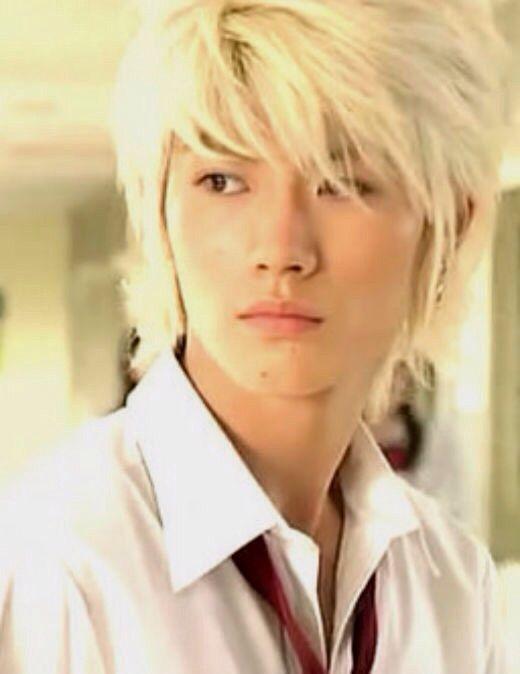 Blonde japanese boy — photo 4