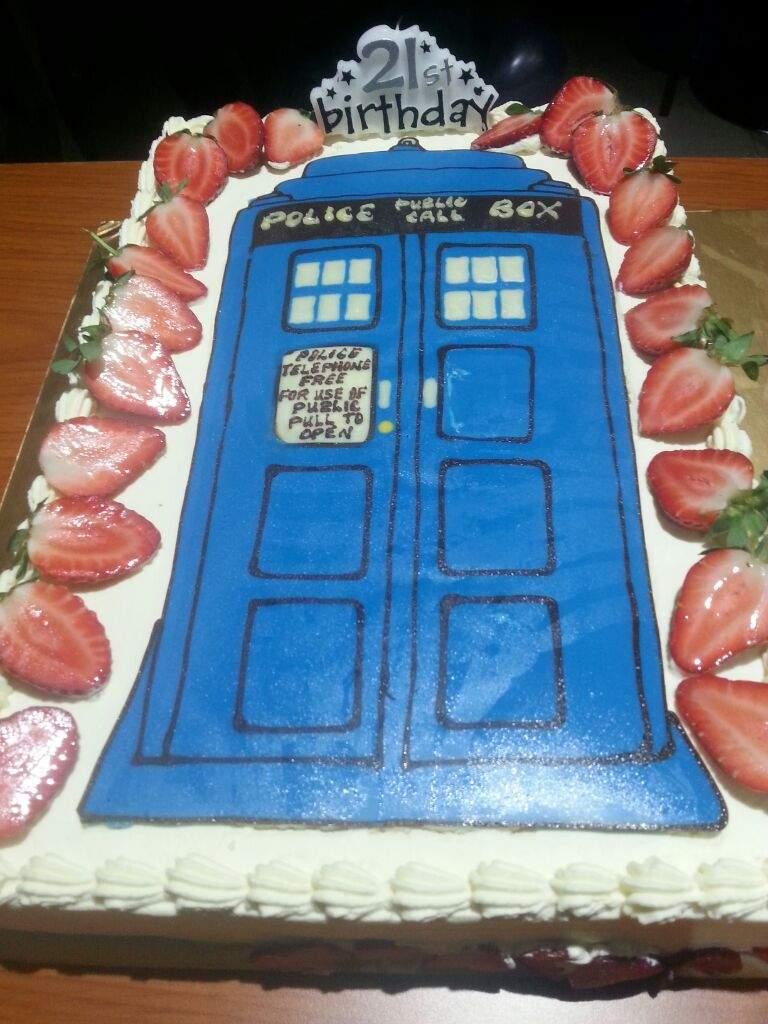 Birthday Cake Doctor Who Amino