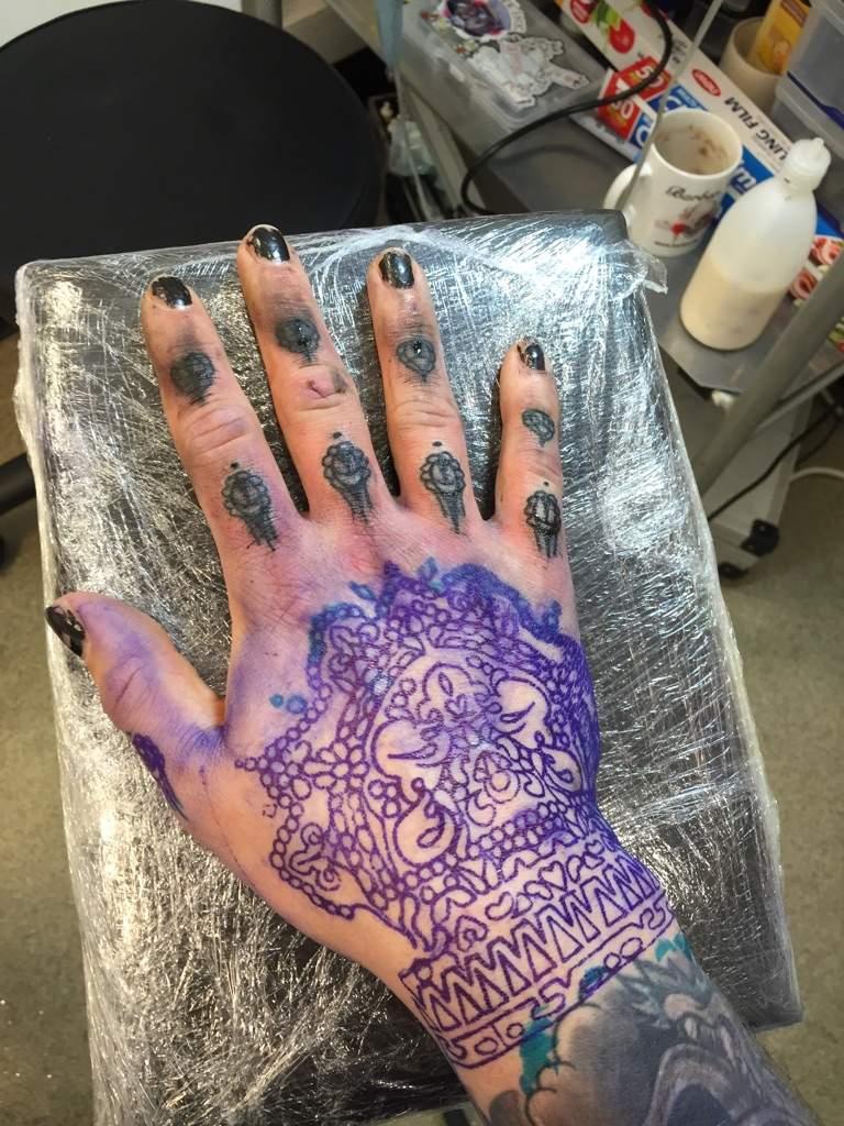 Uta Hand Tattoo Cosplay Amino