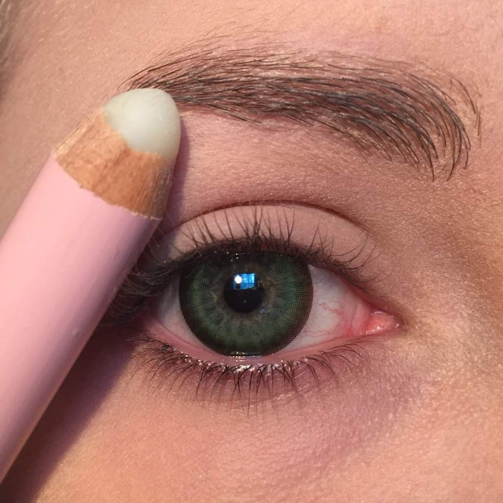 Eye Brow Tutorial Two Methods Of Changing Your Brow Color
