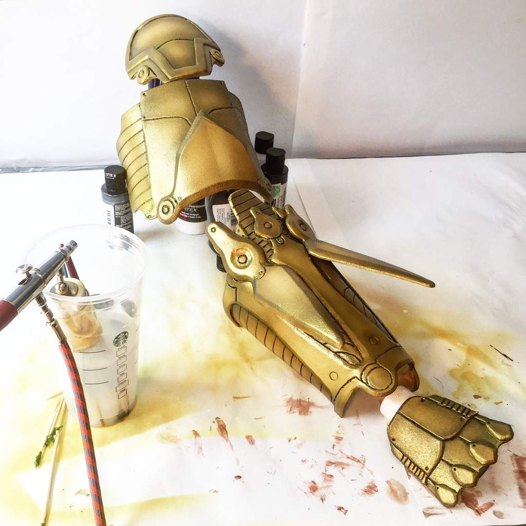 Armor Painting Tutorial (with airbrush) | Cosplay Amino