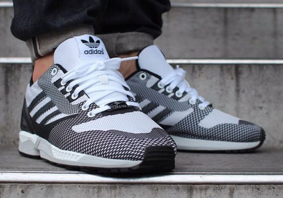adidas zx flux vs nike air max