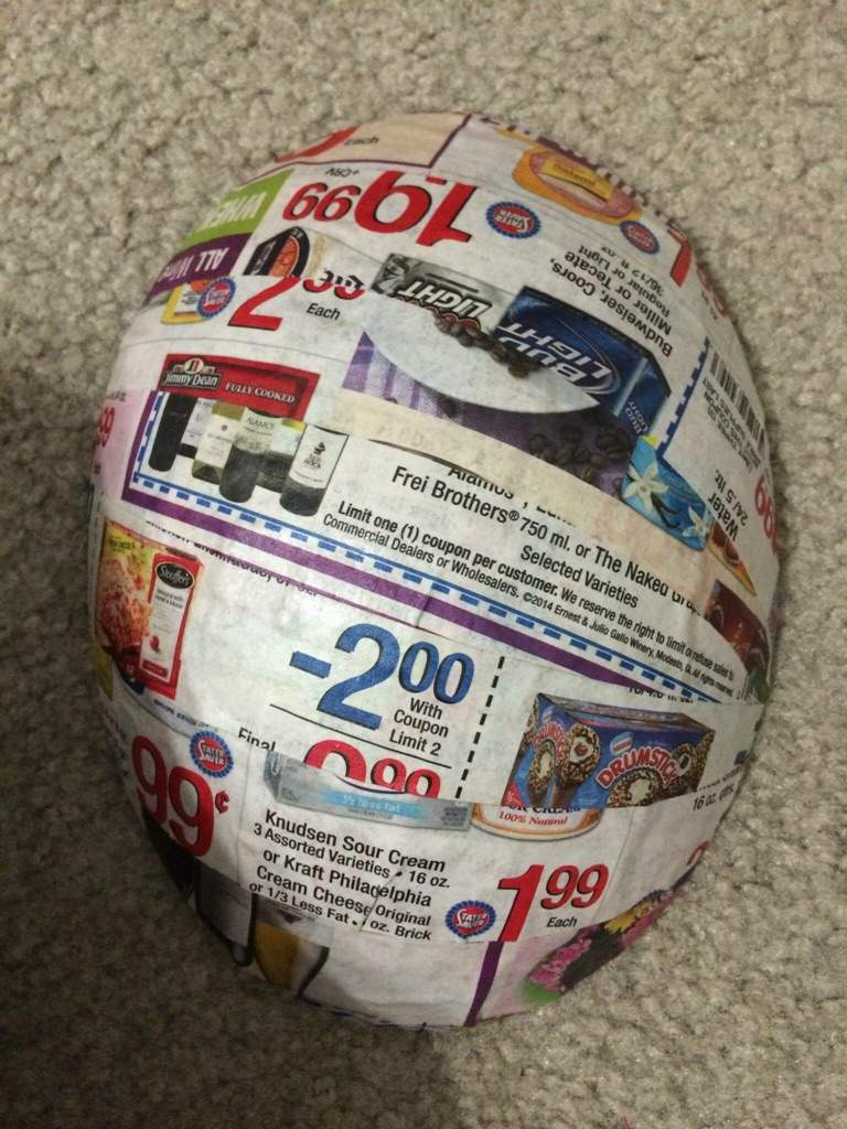 How to make a mask out of newspaper and glue
