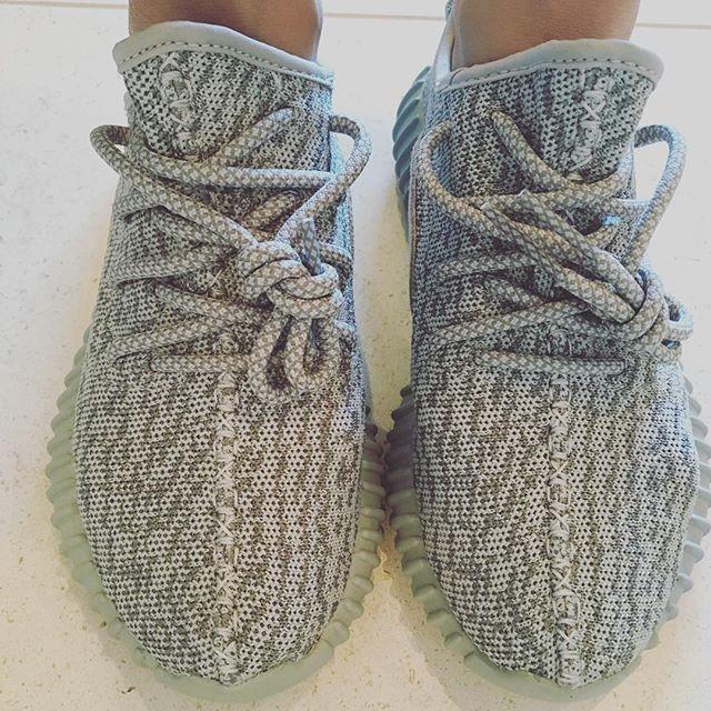 92238ab9 Yeezy Boost 350 Beluga Vs Yeezy Boost 350 Moonrock   Sneakerheads Amino