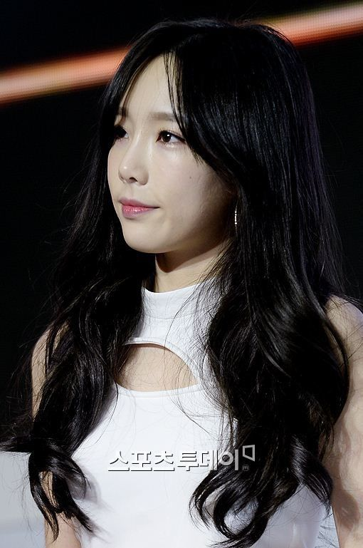 Jessica Snsd Black Hair Taeyeon's black hair |...