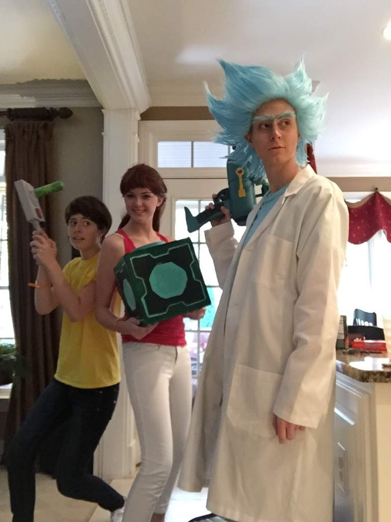 cosplay snowball and Rick morty