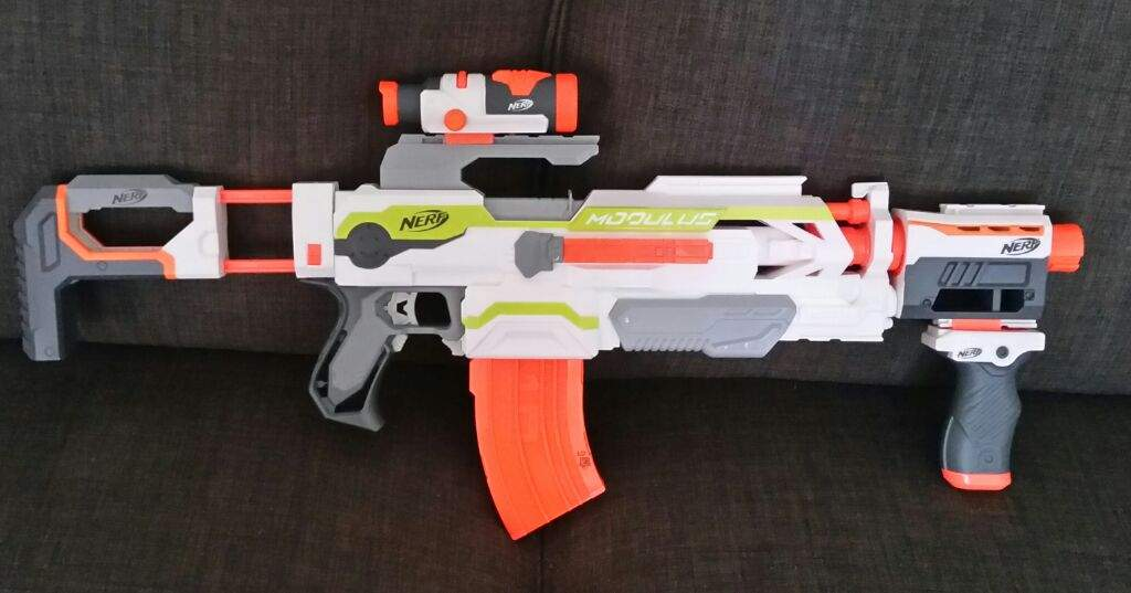 Custom paint job on a Jolt Nerf gun, not bad for my first try!