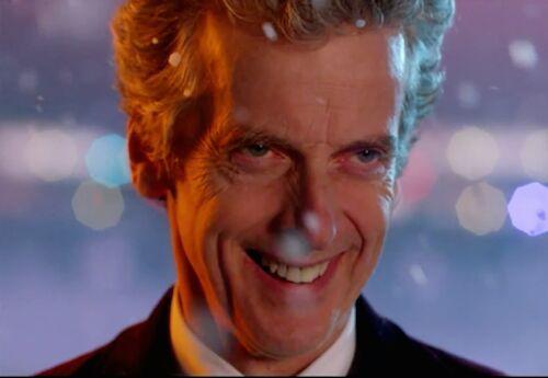 Resultado de imagen de peter capaldi smiling
