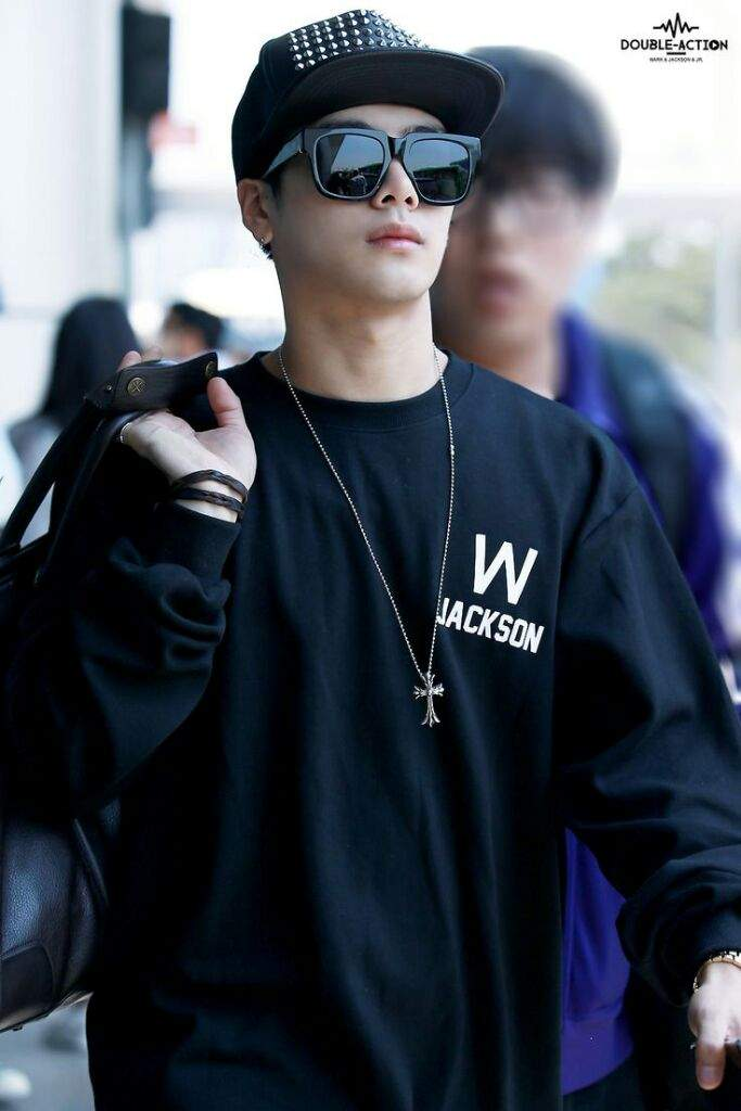 Why Does Jackson Got7 Wear Merch With His Name K Pop Amino
