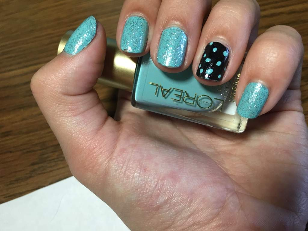 Spotted nail   Nail Art Amino