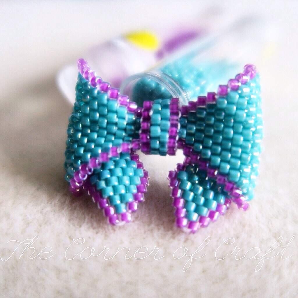 Simple beaded bracelet tutorial. Bow bracelet making youtube.