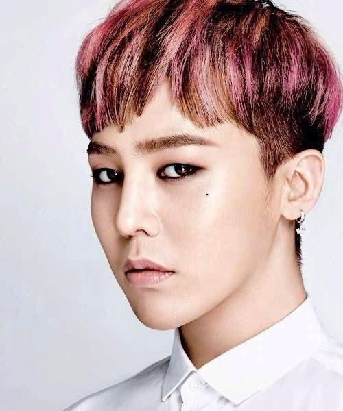 G Dragon 2014 Blue Hair The Many Hairstyles of...