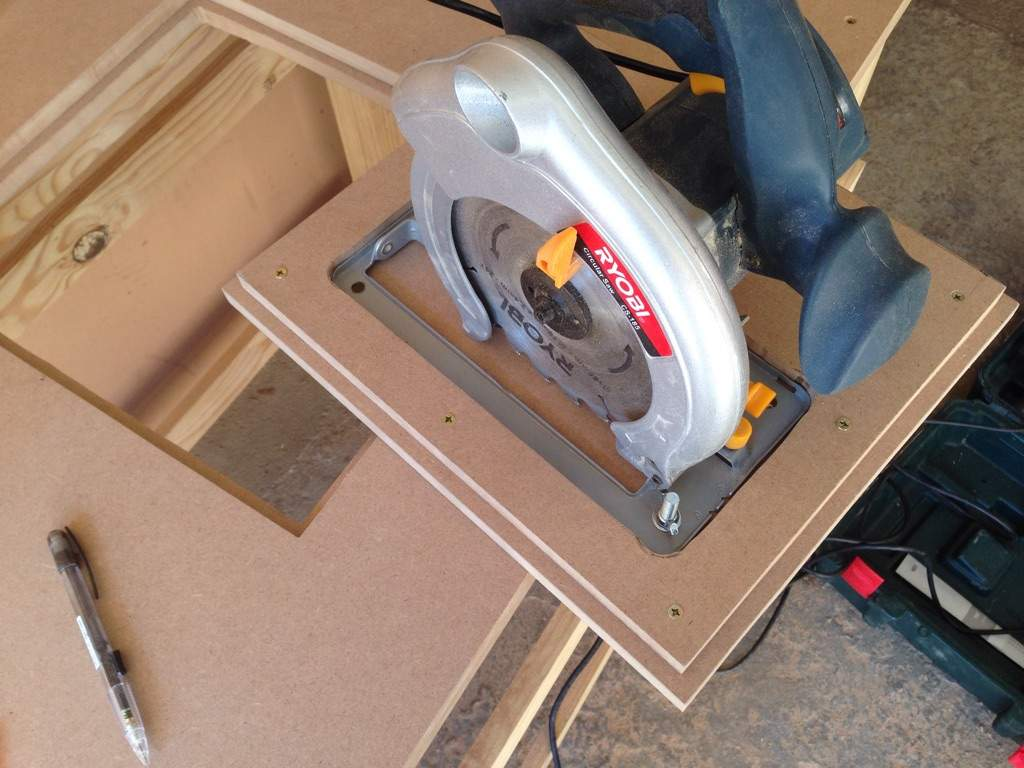 How to attach router to table saw images wiring table and diagram how to attach router table to table saw images wiring table and how to attach router greentooth Image collections
