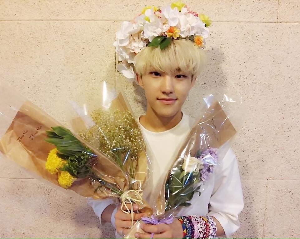 Kpop Idols Wearing Flower Crowns ️ K Pop Amino
