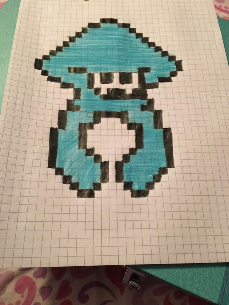 heres a splatoon squid i made on graph paper