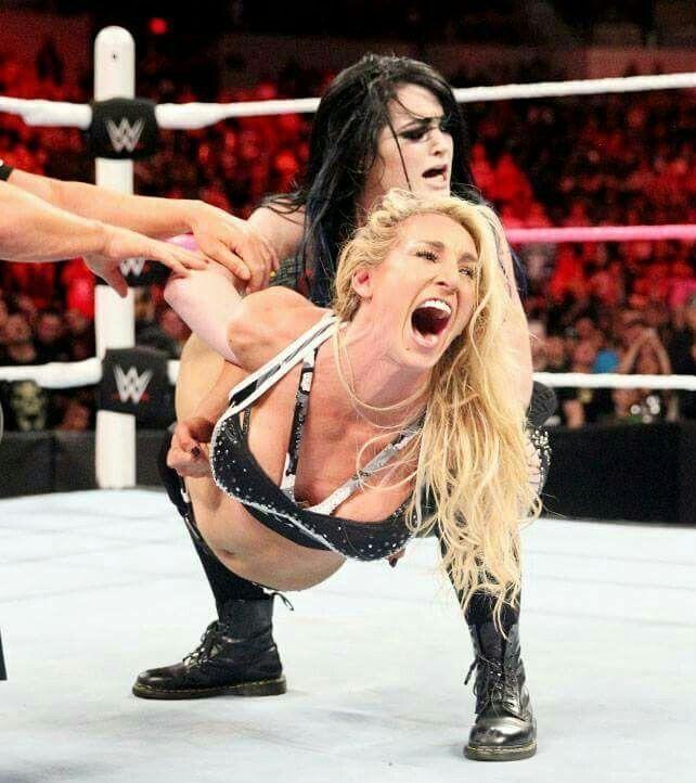 women-professional-wrestling-holds