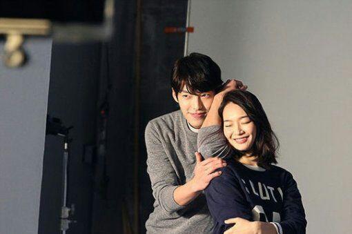 Shin min ah song ji hyo dating