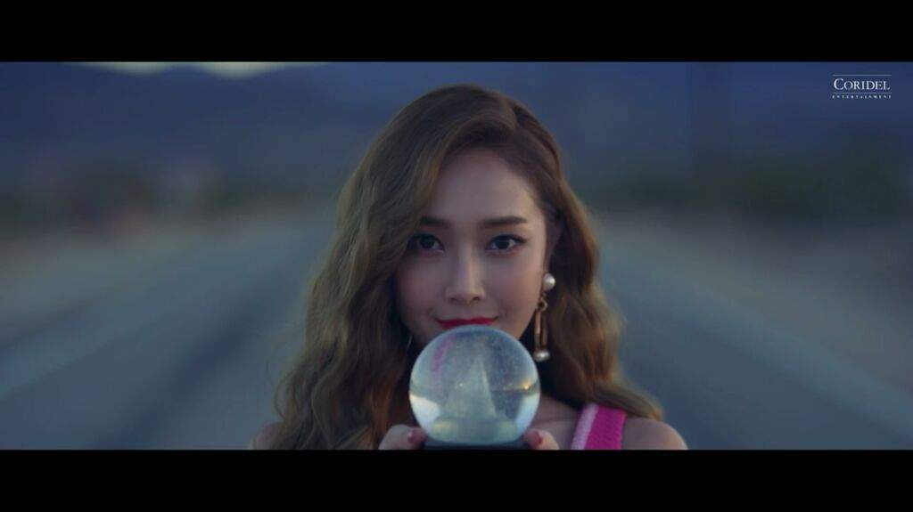 Jessica Fly Love Me The Same Music Video Review K Pop Amino