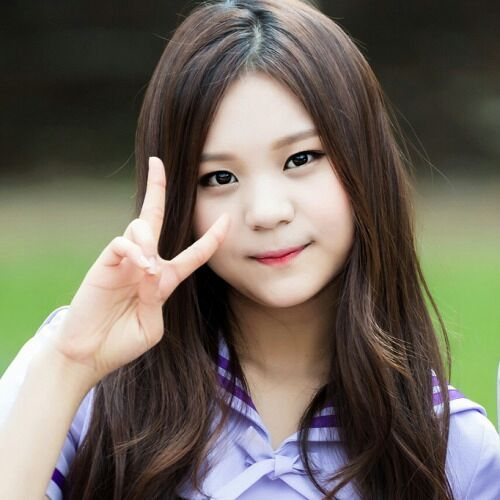 beauty of the day   umji gfriend k pop amino