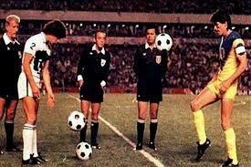 TOP 6 ARBITROS MAS ODIADOS DEL MUNDO | Fútbol Amino ⚽️ Amino