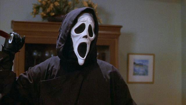 DIY GHOSTFACE SPOOF MASK | Horror Amino Scary Movie 1 Scream Wazzup
