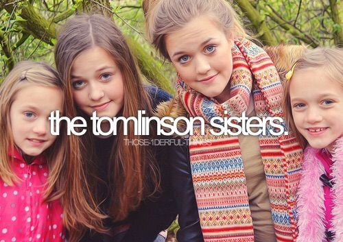 Felicite Tomlinson Wikipedia: Phoebe And Daisy Tomlinson