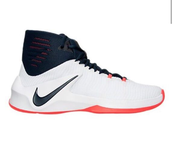 812a402a1fdb Nike Zoom Clear Out