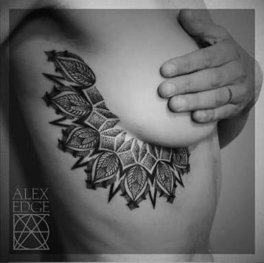 underboob tattoo 7