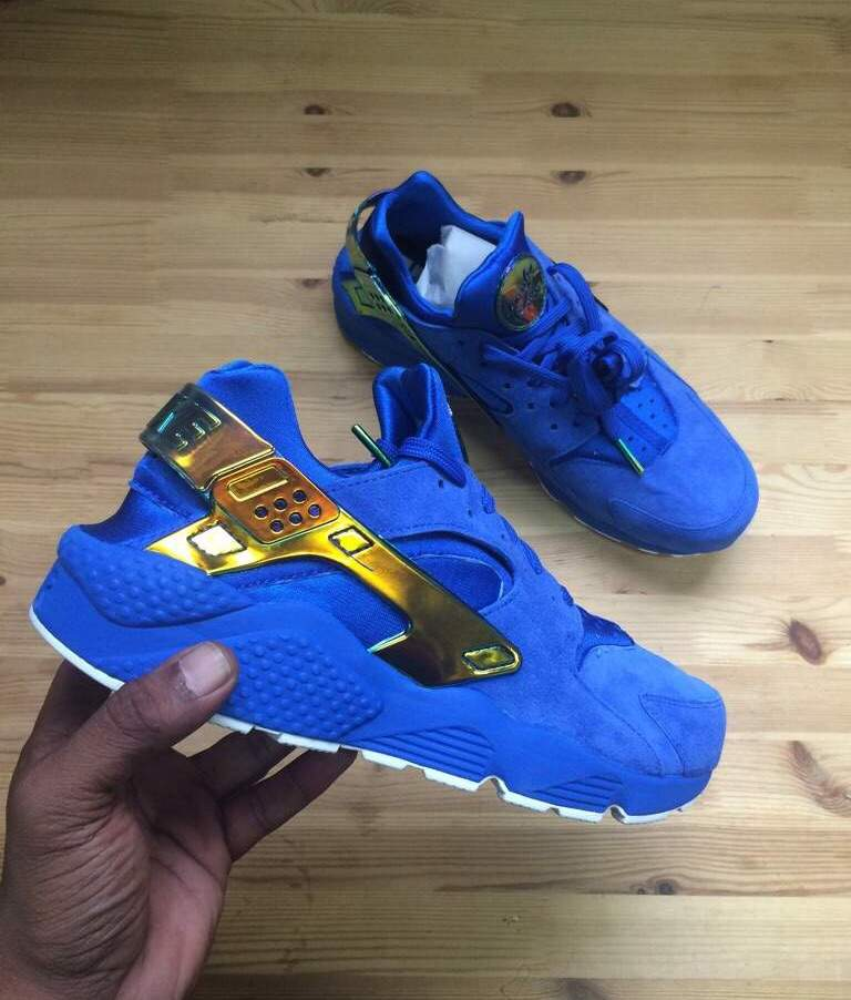a445ffbcb418 ... A shoes style code is one of the most valuable ways to search for kicks  online  Nike Air Huarache Run PRM QS Lowrider ...