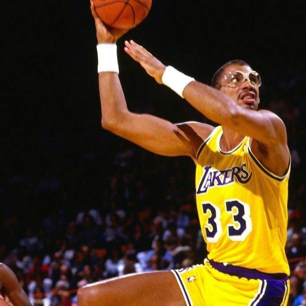 5 Dumbest trades in NBA history