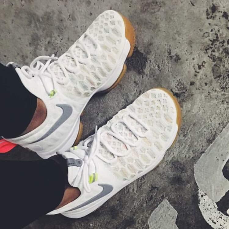 """sale retailer 01e7e 96184 🔥 Nike KD 9 """"White Multicolor"""" 🔥   Sneakerheads Amino"""