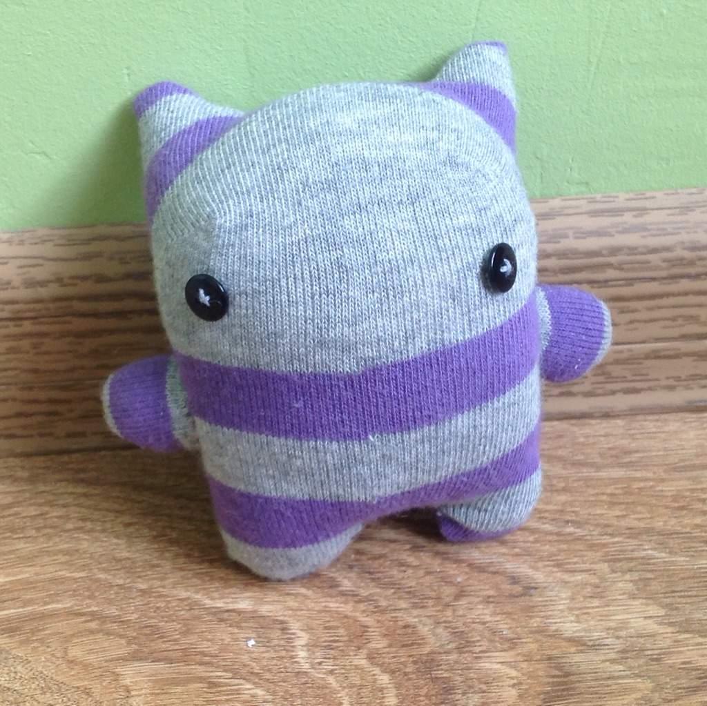 Sock Monster! | Crafty Amino