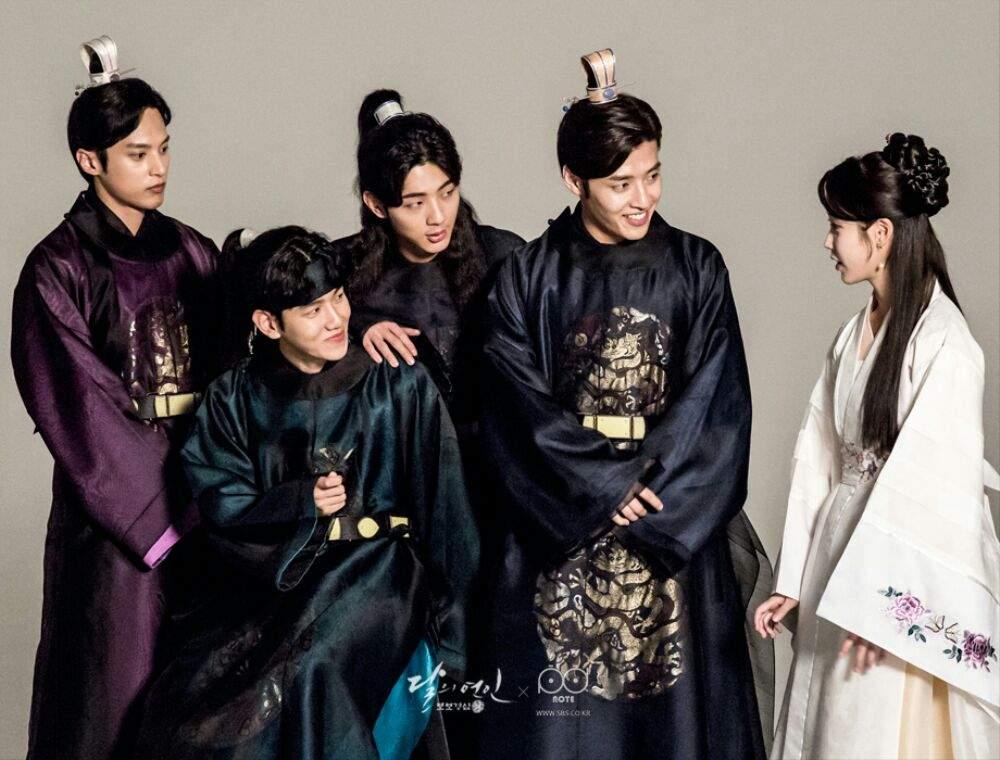 Baekyhun With The Scarlet Heart Cast Exo L S Amino