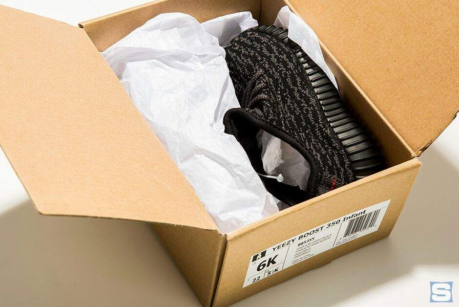outlet store 0211f c16f3 Baby Yeezy Boost | Sneakerheads Amino