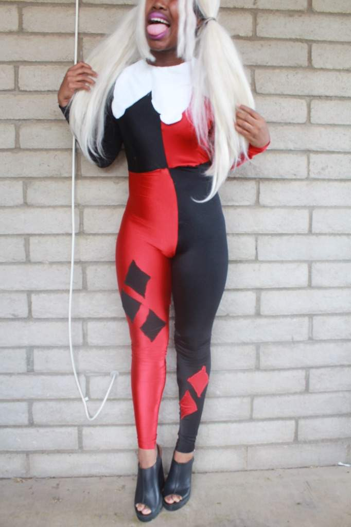 4fafa9c6219942 Here are some shots of my Classic Harley Quinn I am going to take better  photos later still have to make the ruffles