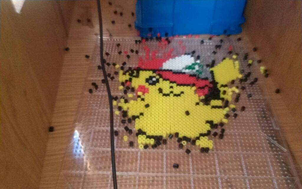 Perler Beads - Pikachu With Ash's Hat | Pokémon Amino