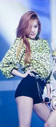 Best Blackpink Outfit In Whistle Stage K Pop Amino