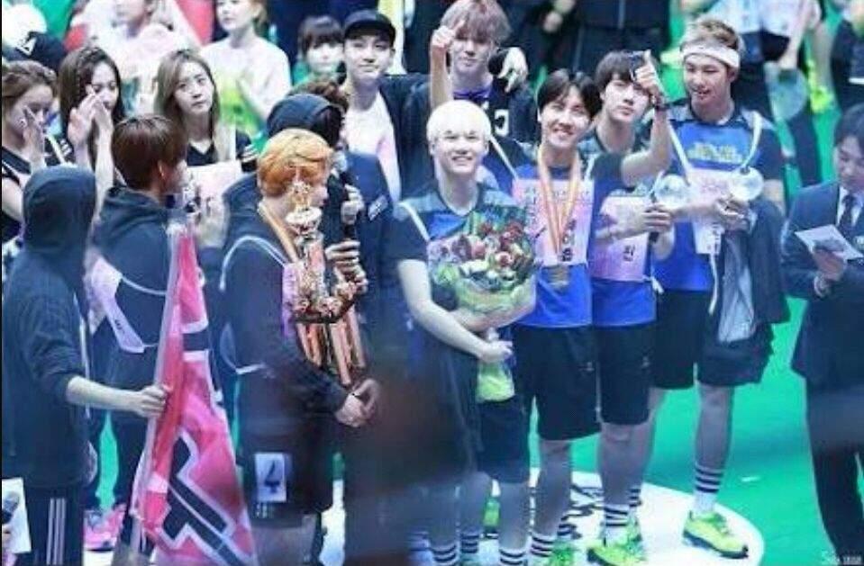Fastest Idol Group On Earth K Pop Amino