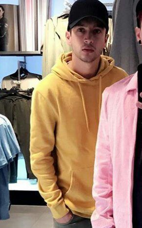 17b89035f I have the same hoodie #tylerjoseph #yellowhoodie #dying