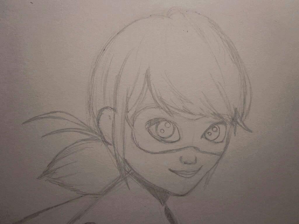 Tutorial: cómo dibujar a Ladybug   •Miraculous Ladybug Español• Amino