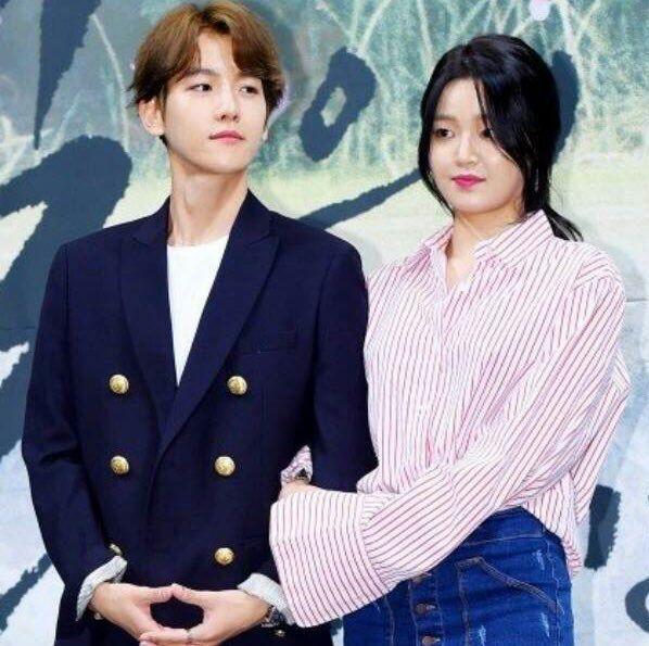 Exo Baekhyun And Chanyeol Kiss | www.pixshark.com - Images ...