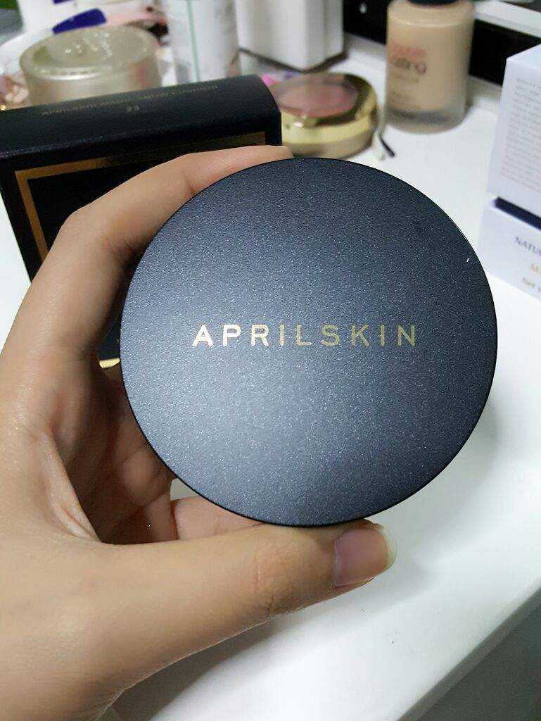 Review Aprilskin Black 20 Korean Beauty Amino April Skin Magic Cushion Snow Versi Improved Allows The Right Amount Of Product To Be Picked Onto Applicator