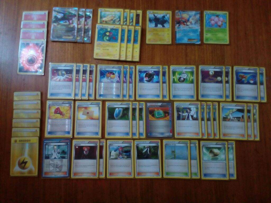 how to build a pokemon card deck