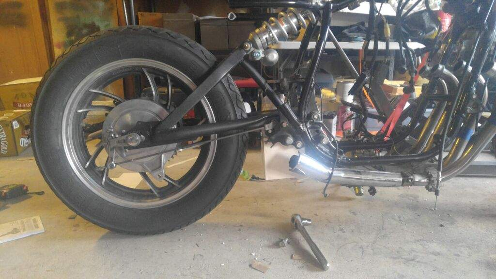 The Story of a Lonely XJ: A Monoshock Conversion | Motorcycle Amino