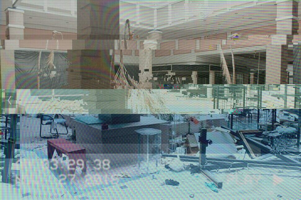 Abandoned Malls• | Vaporwave Amino