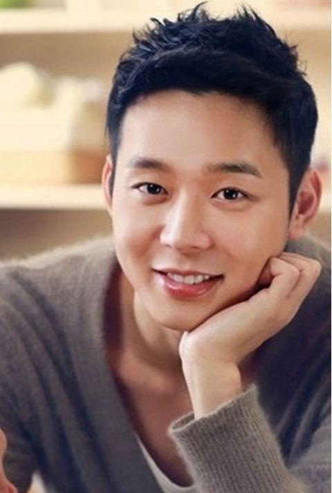 Imagini pentru mickey coreano
