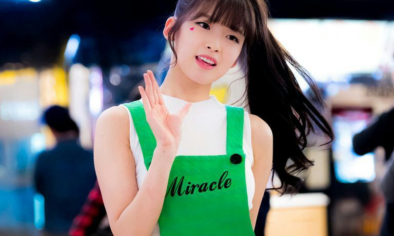 11 Photos That Prove Arin Can Pull Off Any Hairstyle | Oh My Girl ...