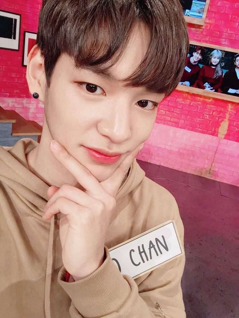 Imagini pentru Chan (Victon)